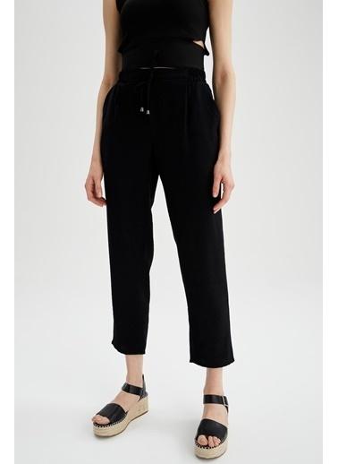 DeFacto Relax Fit Basic Bağcıklı Dokuma Pantolon Siyah